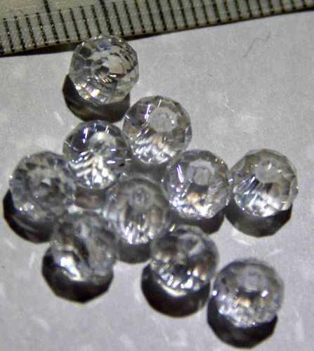 Glasperle funkelnd-klar geschliffen 6mm