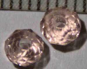 Glasperle Rosé geschliffen 4mm