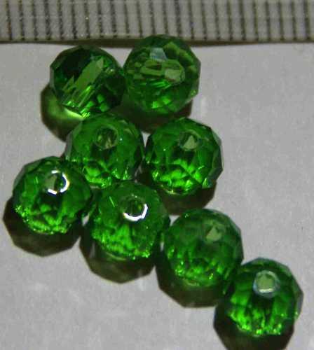 Glasperle Grün geschliffen 6mm