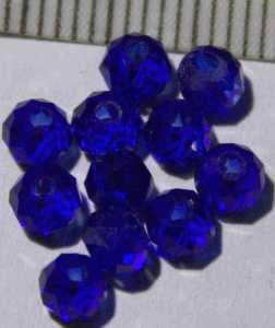 Glasperle Blau geschliffen 4mm