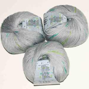 Merino 200 Bebe Color Grau-Grün