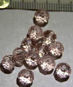 Glasperle Rosé geschliffen 6mm