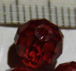 Glasperle Rot geschliffen 8mm